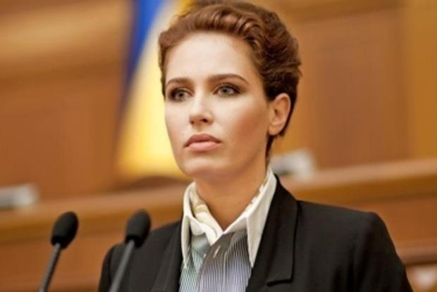 Бережная заявила, что Украина превращается в «УкроИГИЛ»