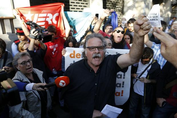 ВИспании прошли обыски вправительственных зданиях Каталонии