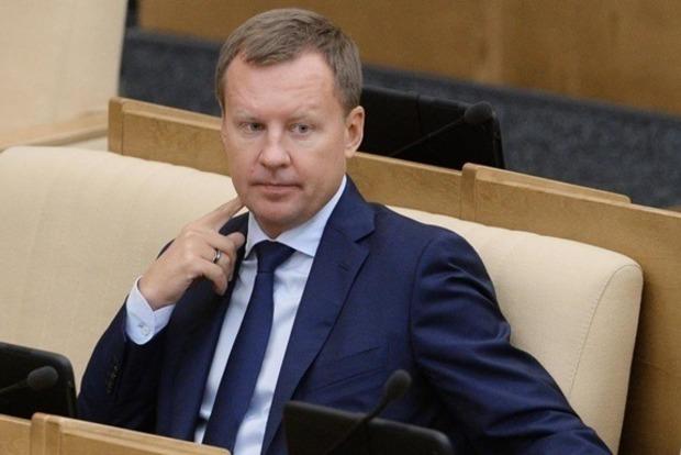 Российский суд оставил под арестом имущество убитого Вороненкова