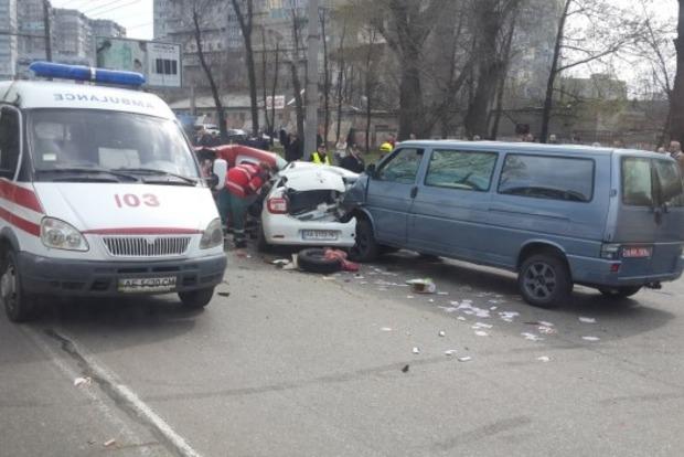 В Днипре масштабное ДТП: один человек погиб, есть пострадавшие