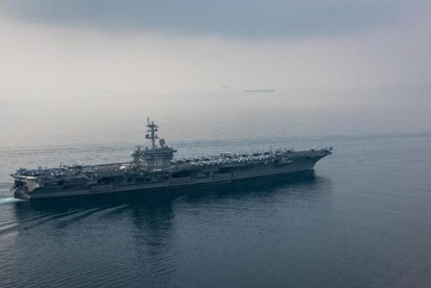КНДР угрожает с одного удара потопить авианосец США