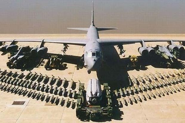 ВВС США впервые за 26 лет приводят бомбардировщики B-52 в боевую готовность