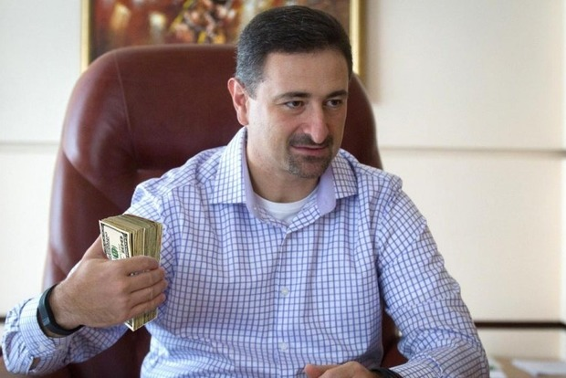 Керівництво збанкрутілої Укрпошти щомісяця отримує 6 млн грн зарплати