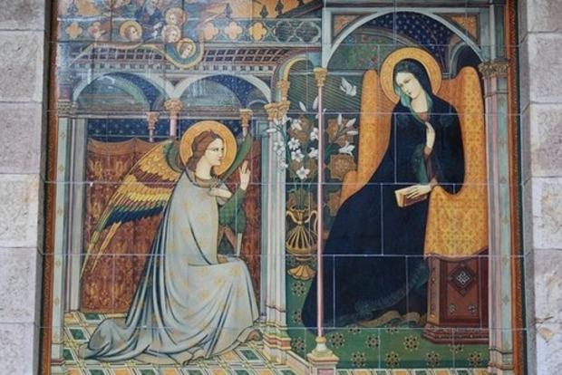 Православные и греко-католики празднуют Благовещение
