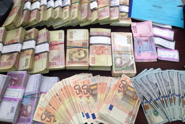 Предприниматели «сэкономили» на налогах 10,5 миллиона гривен