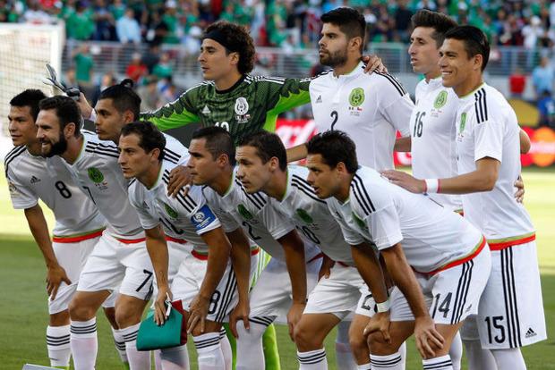 Мексиканські футболісти перед від'їздом до Росії влаштували оргію