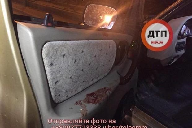 В Киеве на Днепровской набережной произошла перестрелка, есть пострадавший