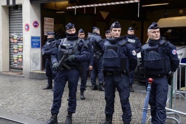 Полицейские в Париже «откачали» женщину, которую «скорая» признала мертвой