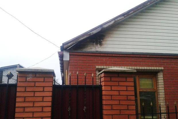 В Черкассах молния попала в интернет-кабель и подожгла дом