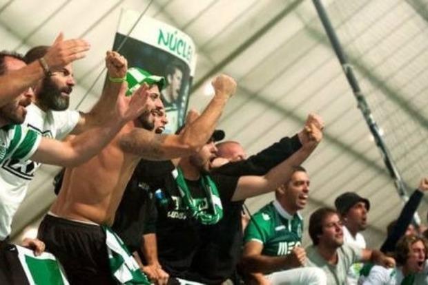 Совсем озверели: Фанаты продырявили головы игрокам Спортинга