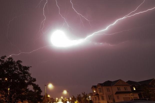В августе юг и восток Украины атакуют шаровые молнии. Самые опасные даты