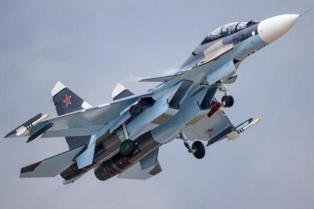РФ перехватила самолет ВВС США над Черным морем