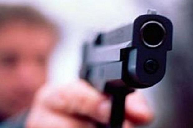 На Киевщине парень стрелял из пневмата в сторону детей