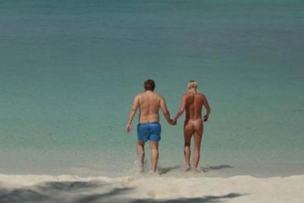 Волочкова показала голый зад морю. Отдыхающие в шоке