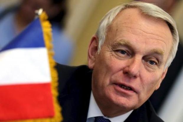 Санкции против РФ должны сохраняться до выполнения Минска - МИД Франции