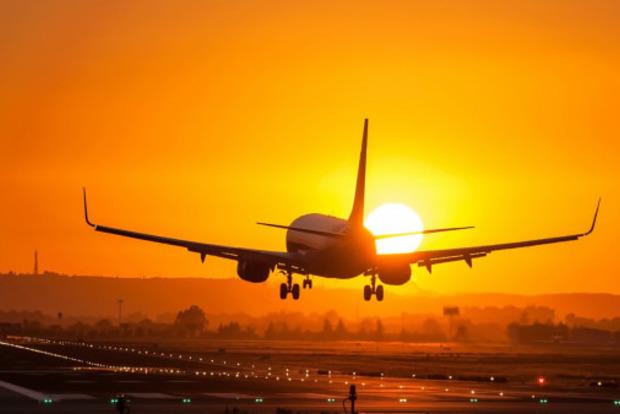 Самолет вернулся в Шереметьево из-за угрозы взрыва