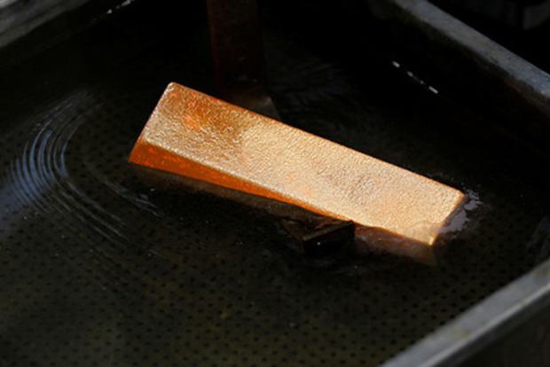 Катится в трубу: В Швейцарии нашли золото в канализации