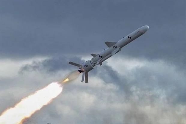 Скоро в Украине будут готовы новые крылатые ракеты Сапсан, Гром-2 и Коршун