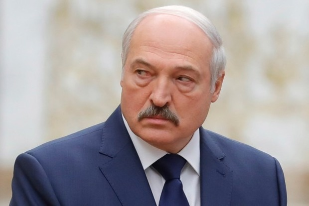 Вона ж уся обі..... а. Лукашенко розбушувався через корів