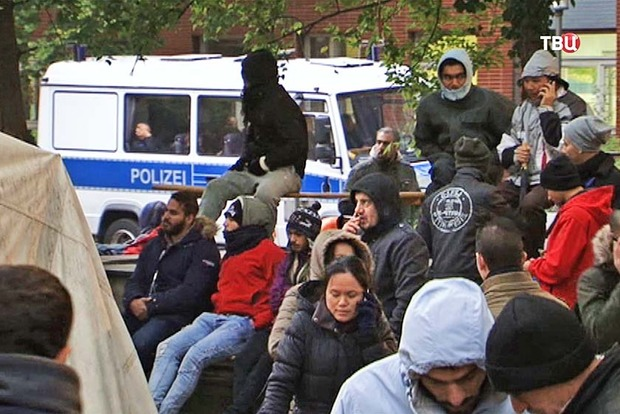 ФРГ потратит 150 млн евро на возвращение беженцев домой
