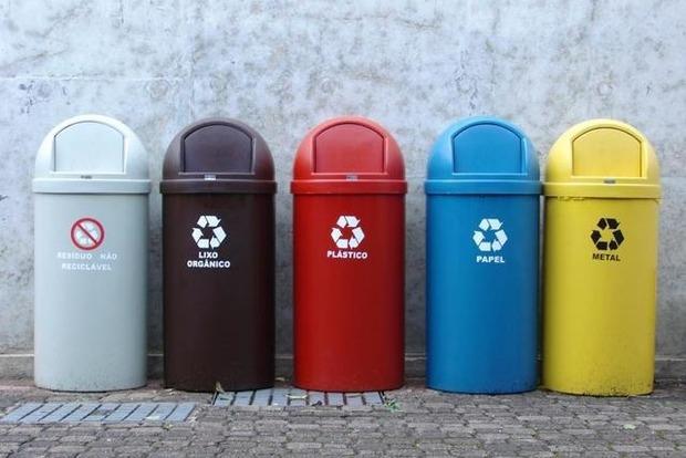 Украина провалила старт раздельного сбора мусора: кто виноват и что делать?