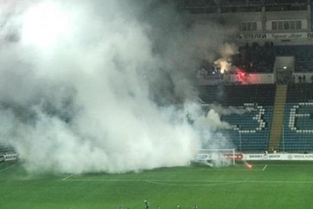 Во время футбольного матча на стадионе в Одессе прогремел взрыв
