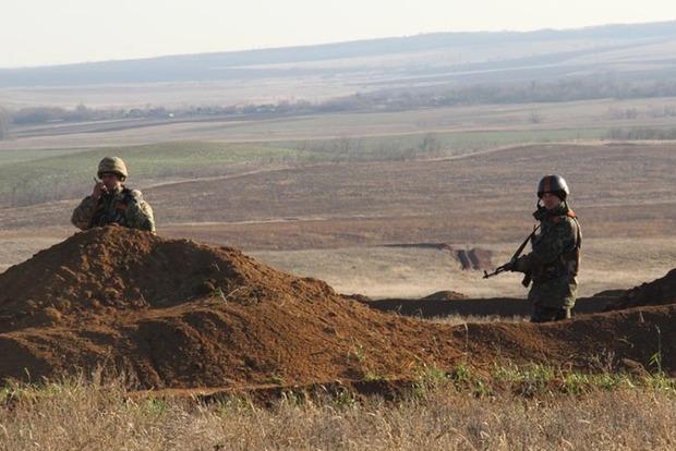 Вчера вечером в Донецкой области произошло два боя