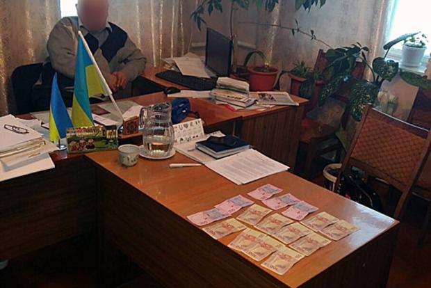 Председатель сельсовета в Черниговской области попался на взятке