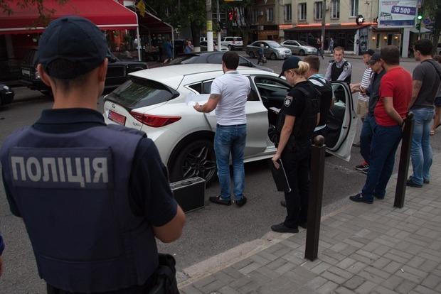 В Днипре посреди улицы снова произошла стрельба