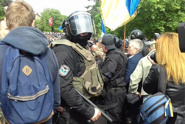 Задержан мужчина, руководивший «титушками» в Днипре 9 мая