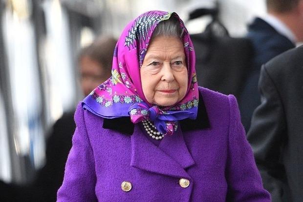 Невестка Елизаветы ІІ напала на королеву