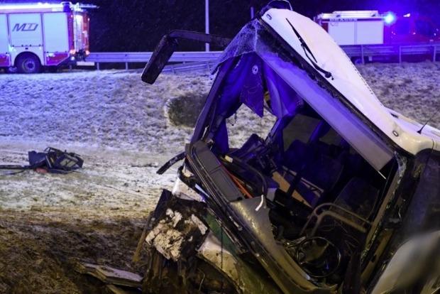 Чергове смертельне ДТП автобуса з українцями в Польщі