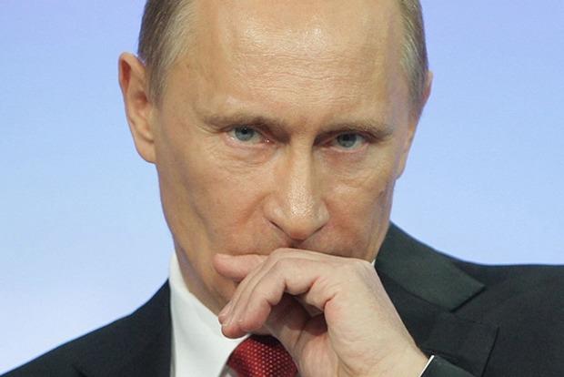 Ніч із провокаціями напередодні дня Росії