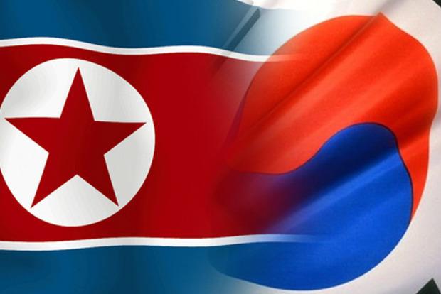 Сеул иПхеньян договорились восстановить горячую линию связи между военнослужащими