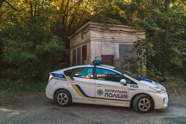 В центре Днипра самоубийца провисел на ветке три дня
