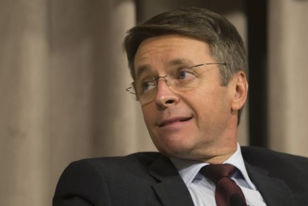 Миклош считает заявления Тимошенко о тарифах «популистскими»