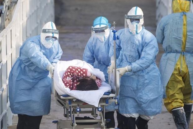 От каких болезней больше всего умирают зараженные COVID-19 украинцы