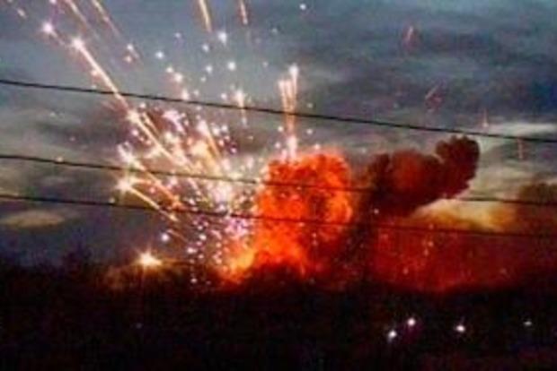 Макеевку сотрясают страшные взрывы