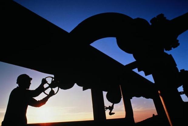 Яценюк уверен, что Украина через 10 лет сможет экспортировать газ