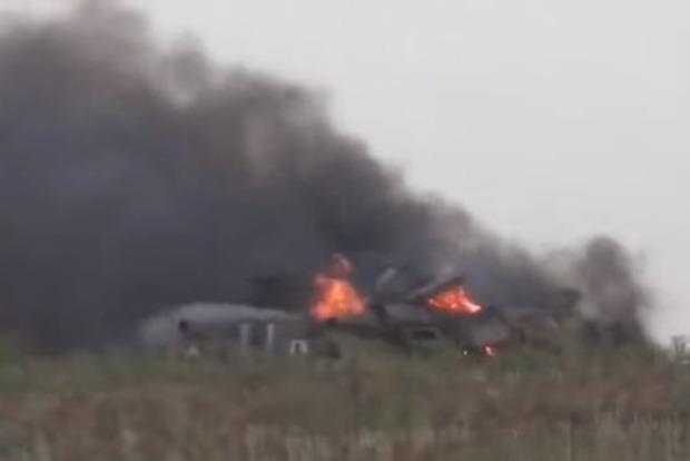 Невідома третя сила невідомим калібром знищила ворожий танк на лінії розмежування