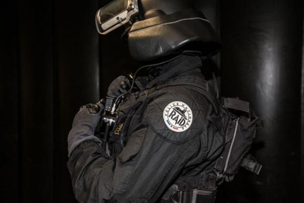 Во Франции десять злоумышленников планировали избивать политиков и мусульман