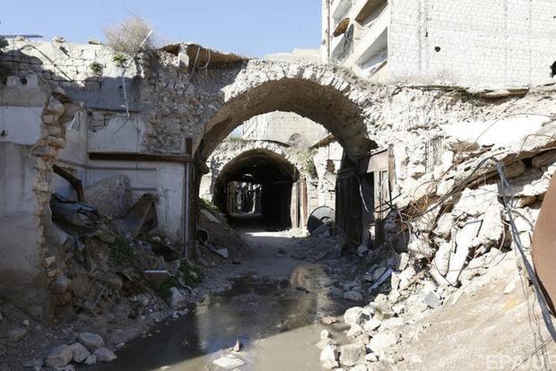 Авиаудар по мечети в Сирии унес жизни 42 человек