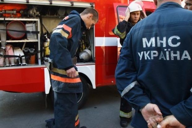 Спасателям ГСЧС повысят зарплату на 1000 гривен – Порошенко
