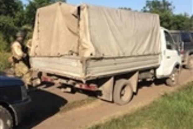 Пограничники в зоне АТО задержали три автомобиля с товарами на 220 тыс. грн.
