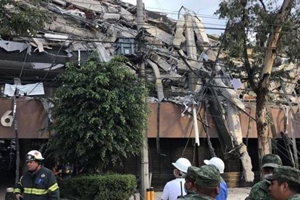 Седьмой день под завалами: После землетрясения в Мексике 40 человек остаются под землей