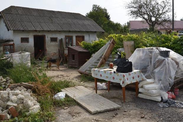 Полицейский взорвался на гранате в Тернопольской области