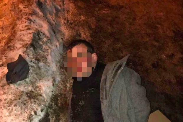 На Оболони в Киеве зарезали мужчину
