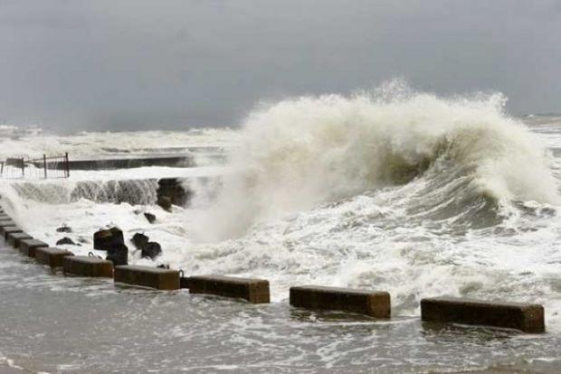Спасатели предупреждают об ухудшении погодных условий в Азовском море