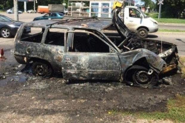 В Днепре произошло ДТП с пожаром