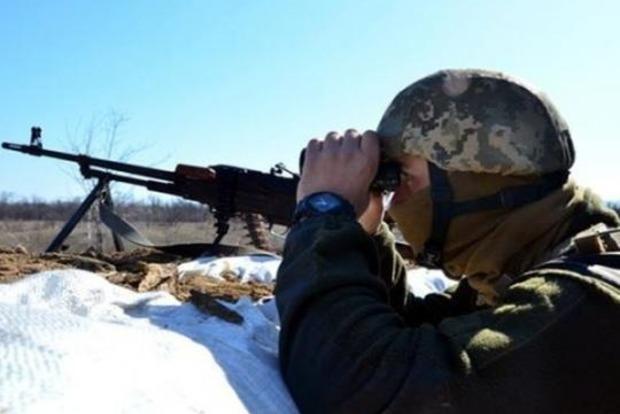 Боевики на Донбассе сорвали перемирие обстрелом из танков. Трое отправились на тот свет